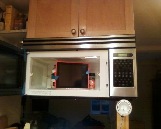 iPad in Microwave